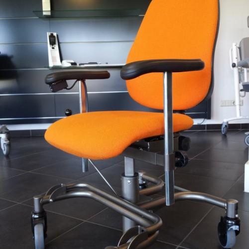 Trippelstoel zijkant